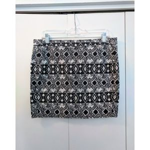 H&M Divided Abstract Geometric Print Mini Skirt